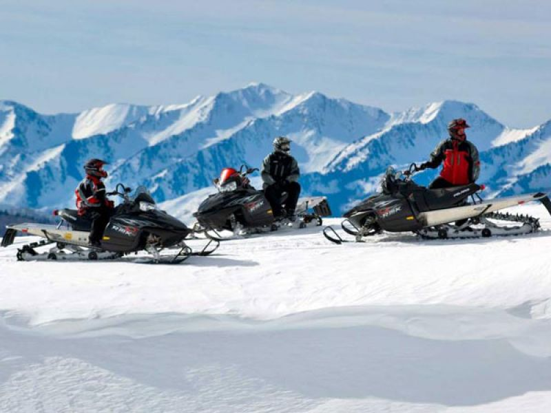 Snowmobile Scavenger Hunt